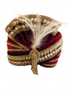 Fancy mehroon turban with attractive pearl lace on it