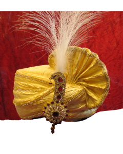 Cream prince look turban attached with a royal kalangi