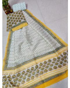 Semi Paithani Saree264