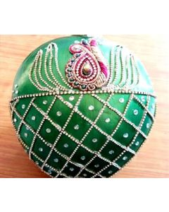 Kobbari Bondam   Decorative Coconut